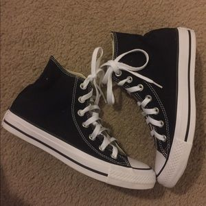 Converse Black high top. Women Size 6.5